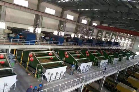 新疆伊犁2450脱水筛使用现场。